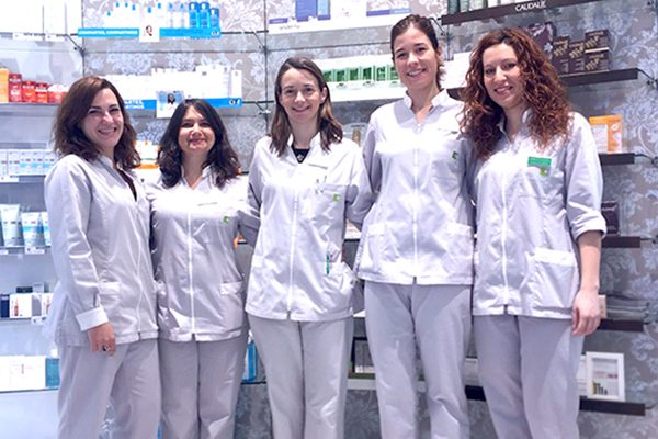 equipo-farmaciamariamelia